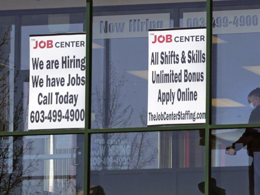 USA: les inscriptions au chômage sous la barre des 500'000