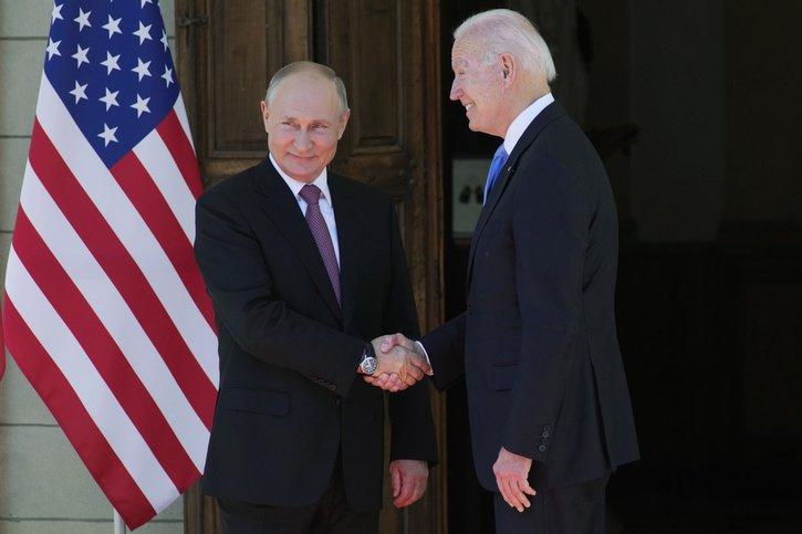 Suivez la rencontre Biden-Poutine en direct
