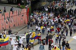 Des milliers de manifestants à nouveau dans les rues de Colombie