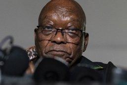 L'ex-président sud-africain Jacob Zuma se constitue prisonnier