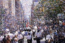 """New-York célèbre ses """"travailleurs essentiels"""""""
