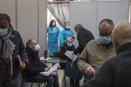 Après l'appel de Macron, des milliers de candidats à la vaccination