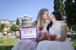 Vers un mariage civil pour les couples du même sexe?