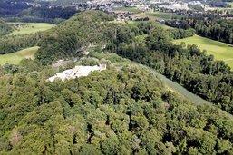 Un site princier caché dans la forêt