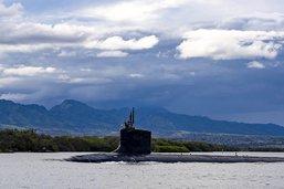 Un ingénieur de la marine américaine arrêté pour espionnage