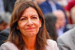 Anne Hidalgo investie par le parti socialiste