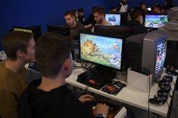 Des trafiquants de drogue recrutent des enfants par les jeux vidéo
