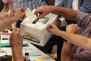 """Vote du 28 novembre et villes """"écolo-socialistes"""" au menu de l'UDC"""