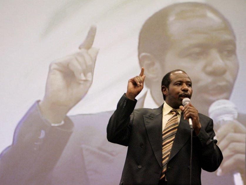 """Le héros de """"Hotel Rwanda"""" condamné à 25 ans pour """"terrorisme"""""""