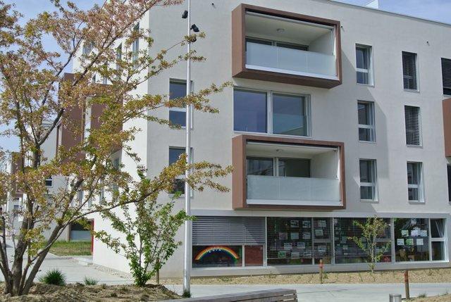 un quartier neuf qui bat pavillon vert la libert. Black Bedroom Furniture Sets. Home Design Ideas